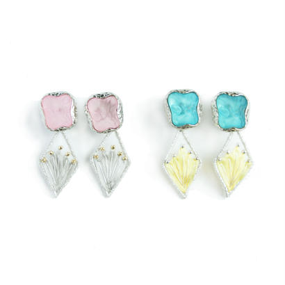 LILY BUTTON EARRING (mineral)