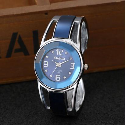 Mujer ブレスレット腕時計 女性高級ブランド ステンレス鋼 ダイヤルクオーツ腕時計 レディース腕時計 156