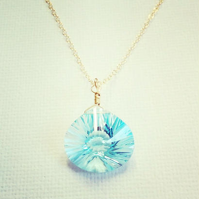 sky blue topaz pendant