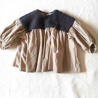 【 folk made 2017AW】#14 boa gather blouse / チャコールboa ×ベージュ