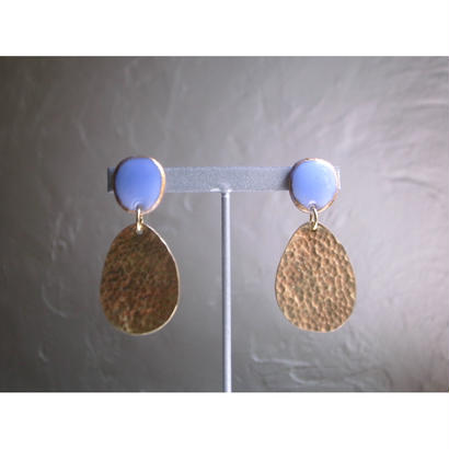 """FALL""【brass earrings light blue】[PEKI!RARIGON]"