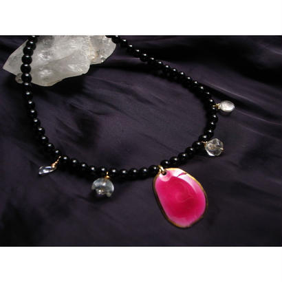 【5stones necklace black,pink】[PEKI!RARIGON]