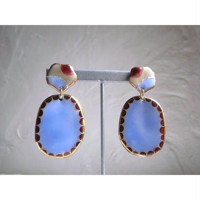 """FALL""【Camel earrings Red ×Blue】[PEKI!RARIGON]"