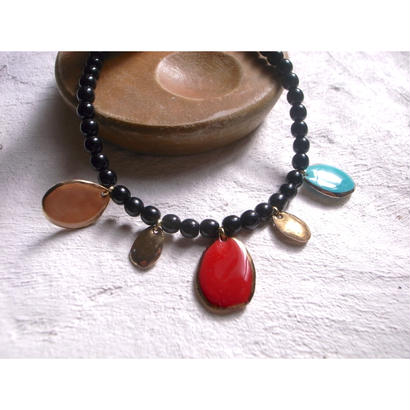 【5stones necklace black】[PEKI!RARIGON]