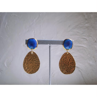 """FALL""【brass earrings Blue】[PEKI!RARIGON]"