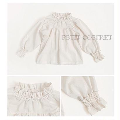 ホワイトフリルシャツ