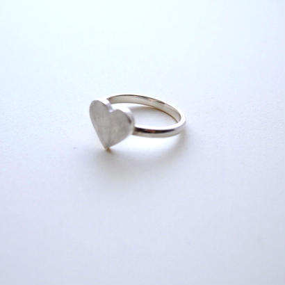 LOVE heart ringーsilver