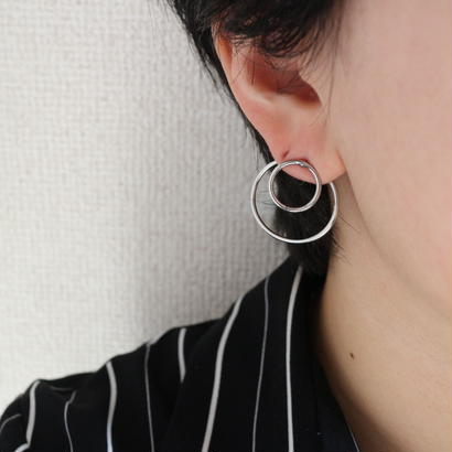 Double circle pierce