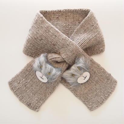 Brooklyn Handknit 猫のアップリケマフラー