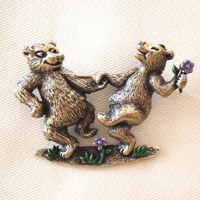JJ ヴィンテージブローチ 踊る熊