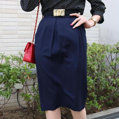 CHANEL ゴールドボタンタイトスカート ネイビー