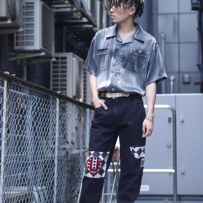 Open-collar shiny S/S shirt