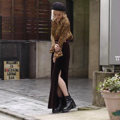 Velours side slit skirt