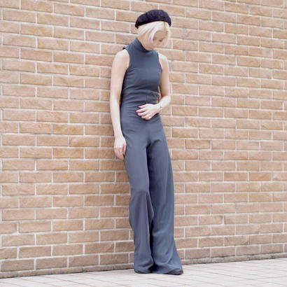 High-neck tight jump suit