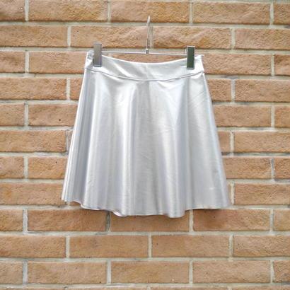 Metallic circular skirt