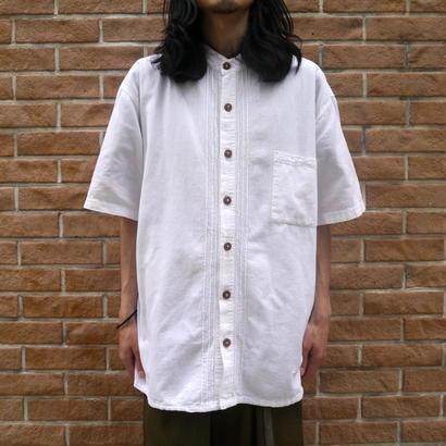 Oversized bandcollar S/S shirt
