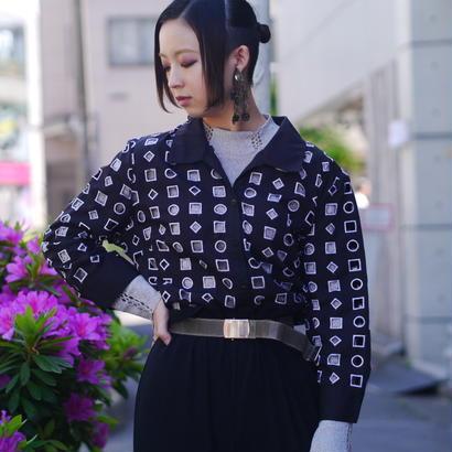 circle & square design shirt