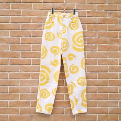 Spiral pattern denim pants