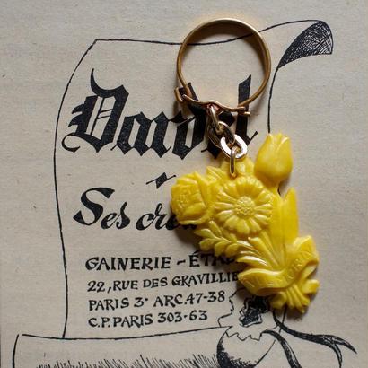 花束のキーホルダー