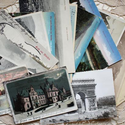 古いポストカードの束