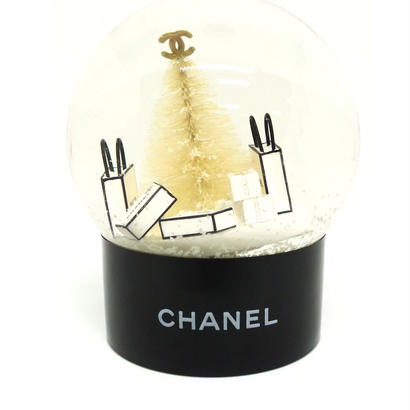 "CHANEL  ""Christmas tree""  snow globe  専用BOX付き"