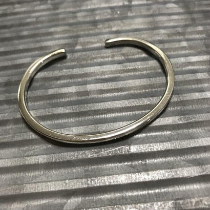 simple bracelet(S)