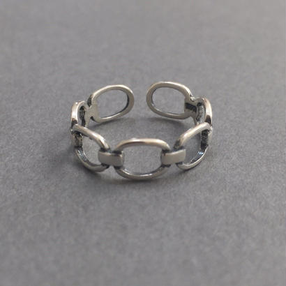 chain b ring