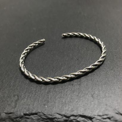 twist2 bracelet