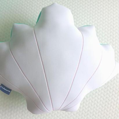 Shell Cushion.  ウエット素材のマシュマロ♡シェルクッション.