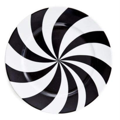 House of Rym_Plate_Hypnotise mesmerise/black