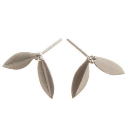 Happy Sthlm_Olive Earrings (ピアス)