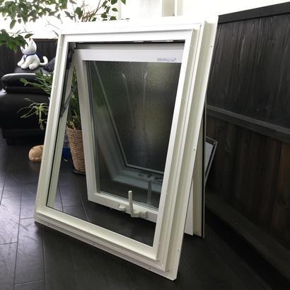 YKKAP 横辷り出し窓 APW330 W640×H770 アルミサッシ