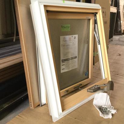 YKKAP 横辷り出し窓(高窓用) APW330 W730×H770 ボールチェーン開閉