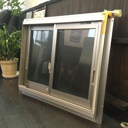 YKK AP 網戸付き引違い窓 W730×H570 フレミング アルミサッシ