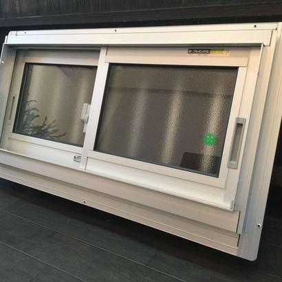 YKK AP 面格子付き引違い窓 フレミングⅡ W780×H370 アルミサッシ