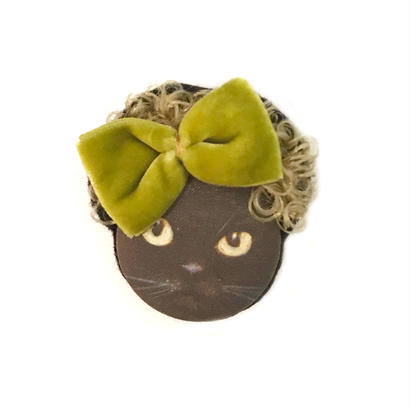 カーリーヘア猫ブローチ(黒ねこ)