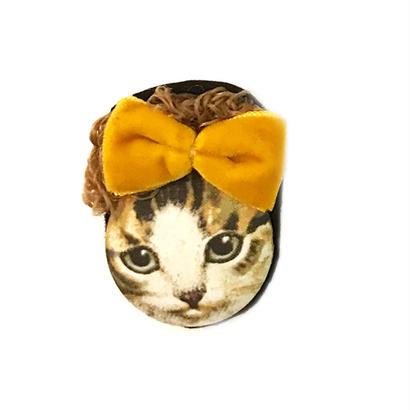 カーリーヘア猫ブローチ(サバねこ)