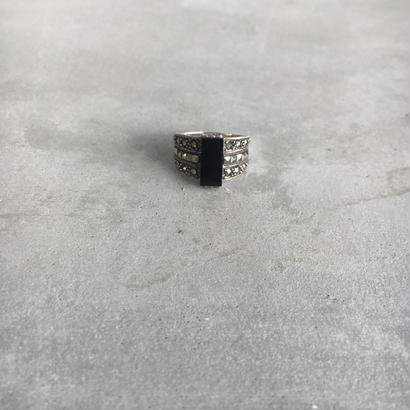 silver ring(onyx&marcasite)