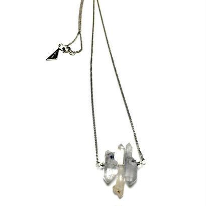 Synapsクオーツのネックレス水晶