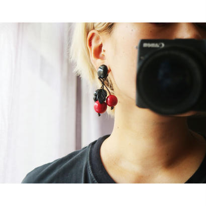 BAKELITE Cherry Earrings RED×BLACK
