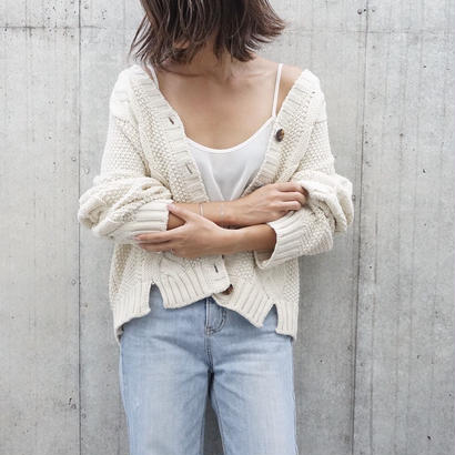 CABLE KNIT SHORT  CARDIGAN