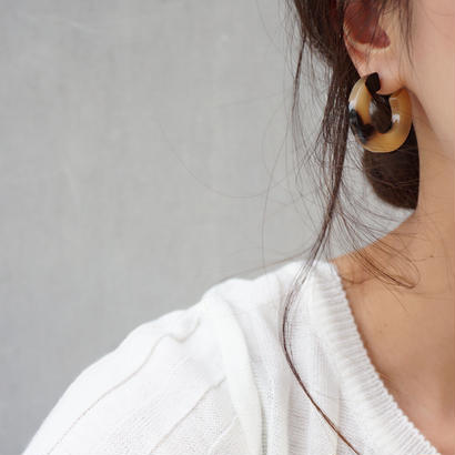 amber hoop  pierce