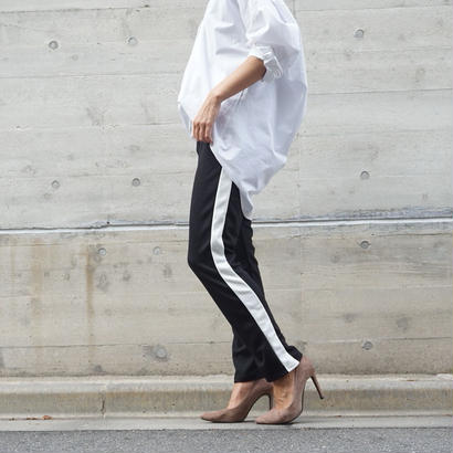 RELAX EASY LINE PANTS