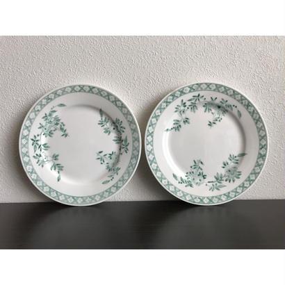 【香港☆粵東磁廠】(緑)手書きの使い勝手の良い素敵な丸皿  / Yuet Tung China Works