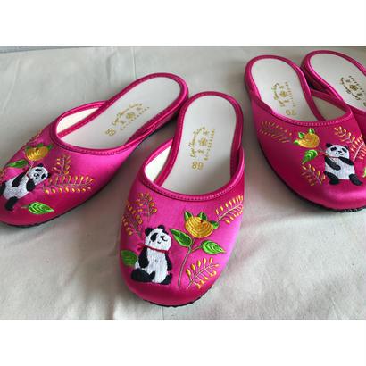 【香港☆slipper】King's Slipper Factory  /  「英皇拖鞋公司」のパンダ刺繍のスリッパ