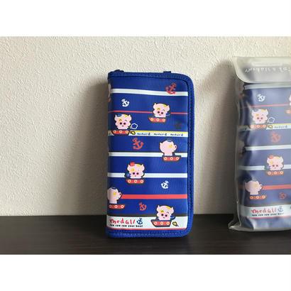 【香港☆マクダル】麥兜護照袋(坐船)  /  Passport Pouch・Mcdull