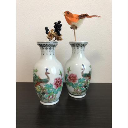 <お買い得品>【香港☆中国景徳鎮】「花と鳥」ミニ花瓶   /  対ですがばら売りします