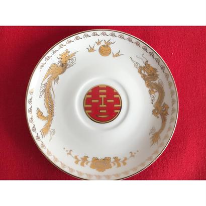 【香港☆中国制造】「龍」と「囍」のソーサー  /  金色と紅色の組み合わせ