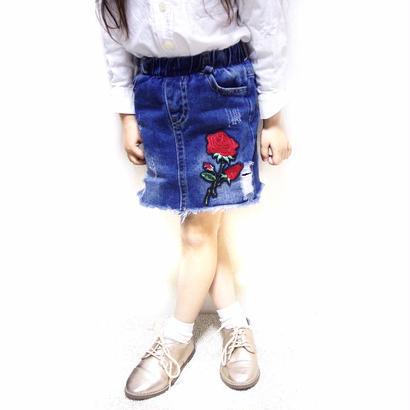 青山様予約専用☻薔薇刺繍ワッペン付denimskirt  140サイズ2枚