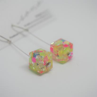 ゆれるキューブ colorful